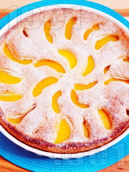 Лесен сладкиш с праскови - снимка на рецептата